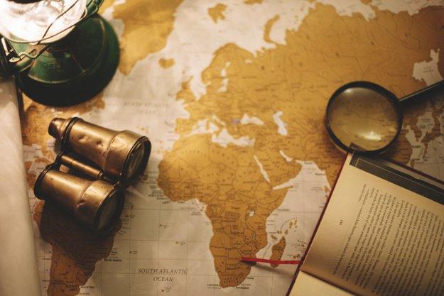 Comment obtenir une carte de guide touristique?